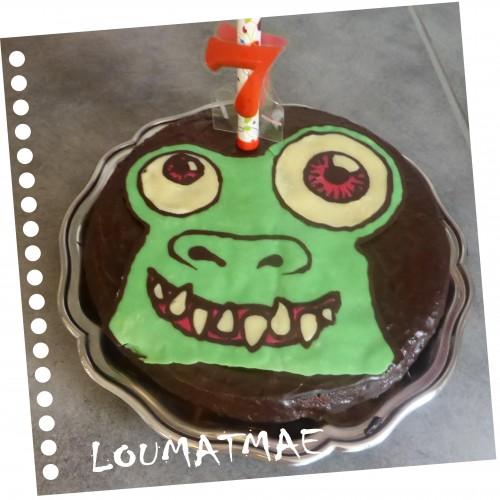 gâteau d'anniversaire extraterrestre