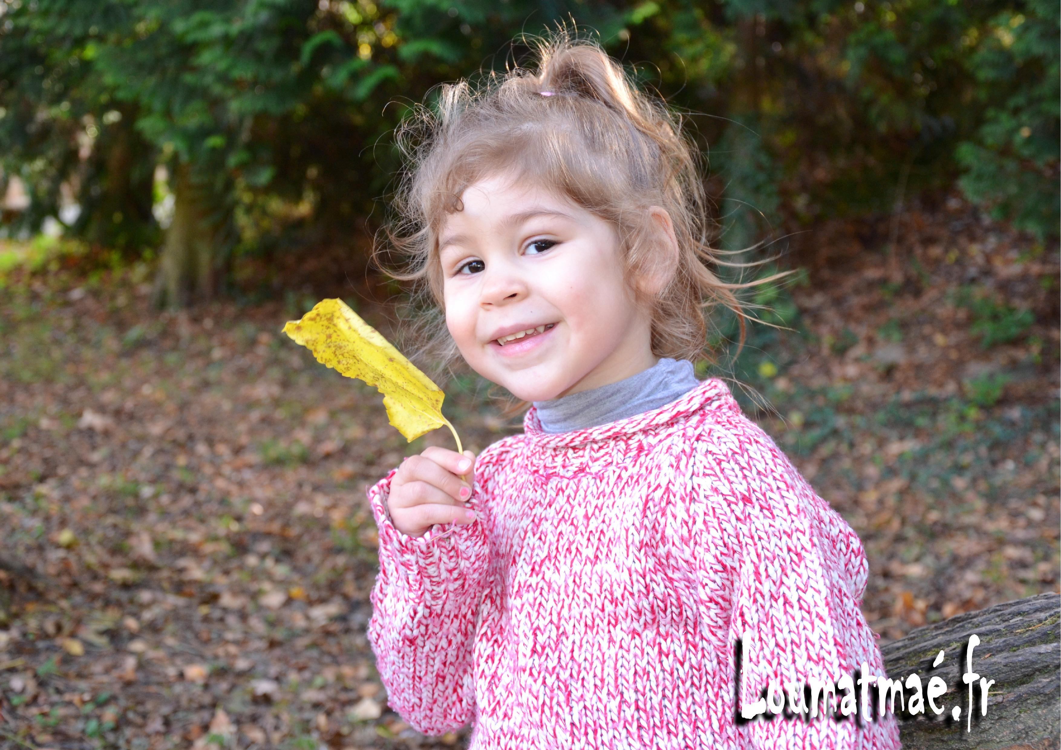 ramasser des feuilles en Automne