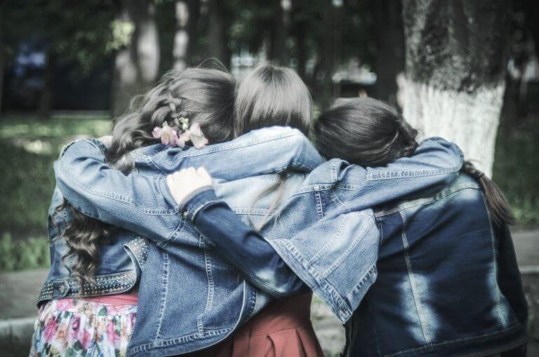 etre amis